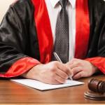 Juge effectuant liquidation judiciaire.